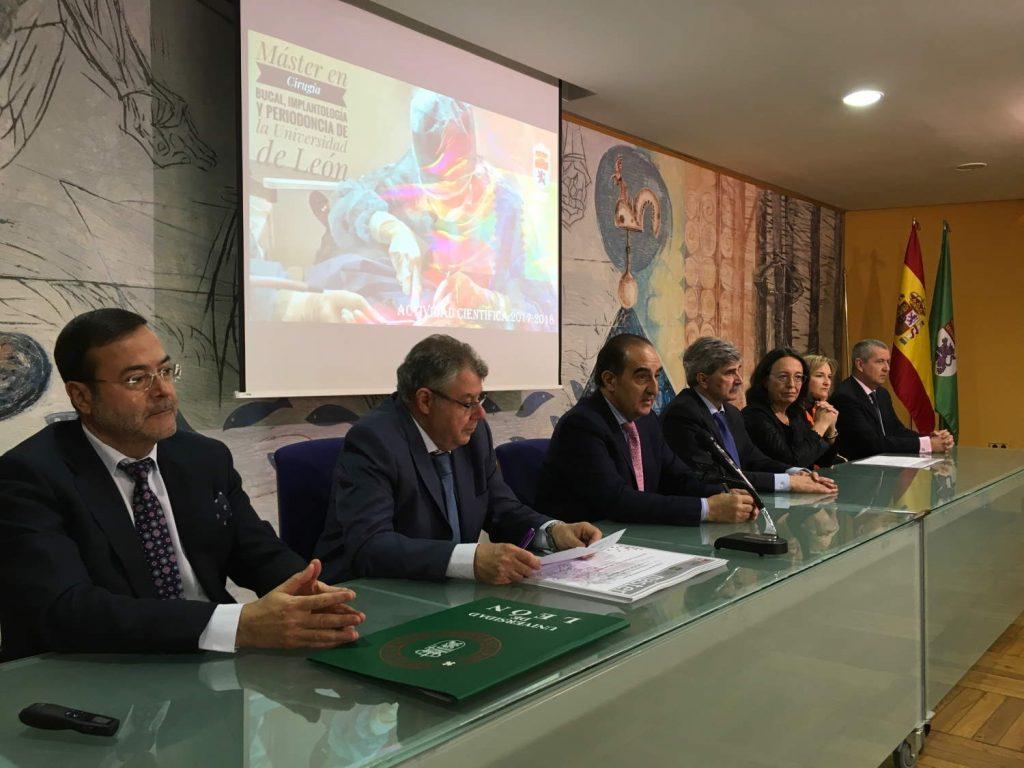 León se consolida como centro de formación de cirujanos bucales